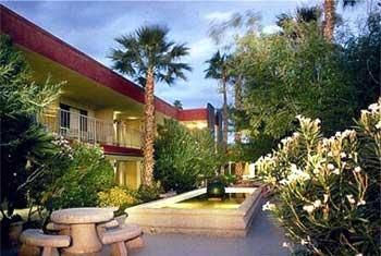 Set in a peaceful residential neighborhood, 240 feet from Moorten Botanical Garden, this Palm Springs hotel features an outdoor pool.