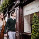 Just off the Royal Mile and near Edinburgh Castle, this boutique hotel boasts luxurious rooms, a gym and a restaurant. There are superb views across Princes Street Gardens.