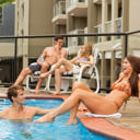 Just 3 minutes walk from Queensland Art Gallery, Riverside Hotel features free parking, a restaurant and an outdoor swimming pool.
