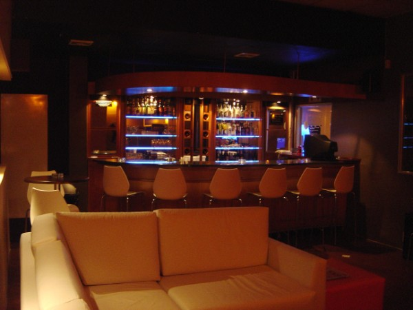Risque Lounge